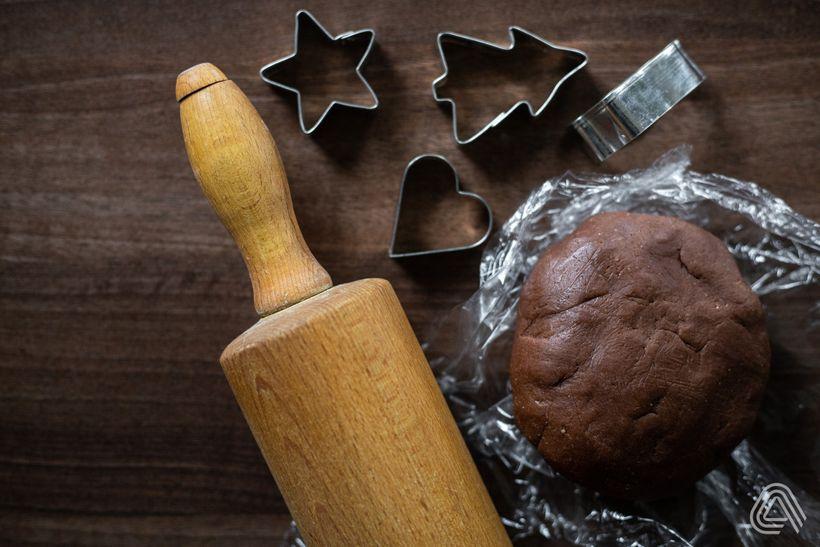 Kakaové linecké koláčiky smarhuľovou marmeládou