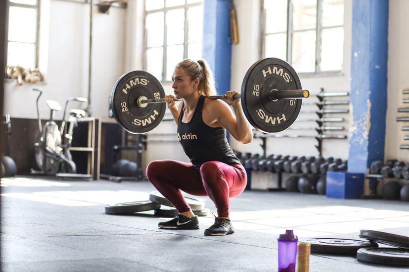 Ako schudnúť zo stehien? Kľúčom je výživa atréning