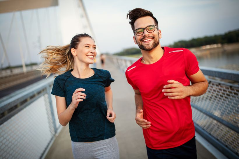 Trasa 10 km: Spálite viac kalórií chôdzou, behom, na bicykli alebo na inlajnoch?