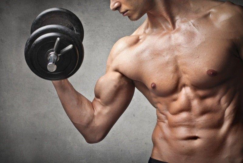 Bicepsový zdvih - jakou zvolit POLOHU DLANÍ
