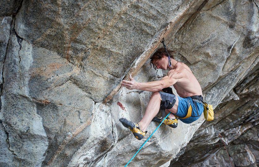 Cokoliv, čemu naše mysl uvěří, stává se pro nás realitou, popisuje klíč úspěchu horolezec Adam Ondra
