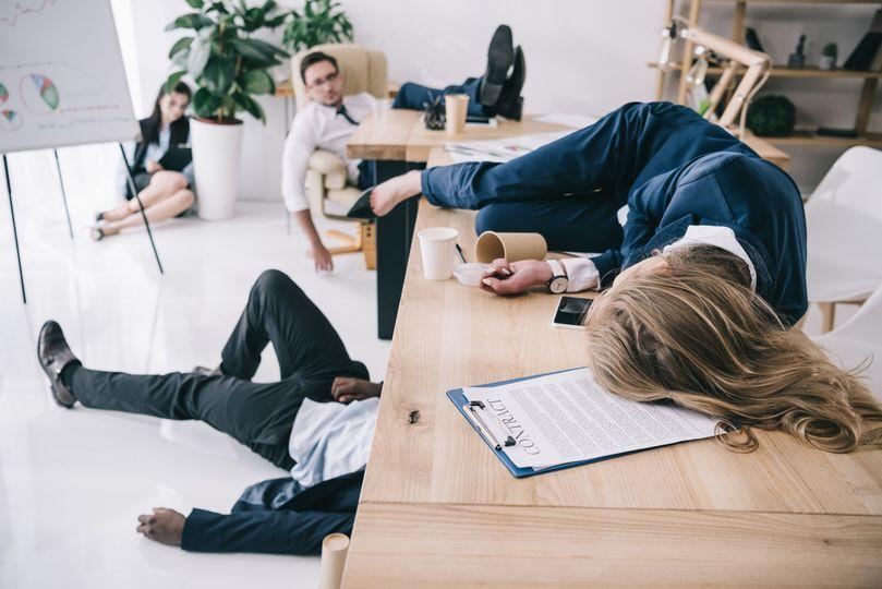 Ako sa vyhnúť poobedňajšiemu úpadku energie, koncentrácie a ospalosti?