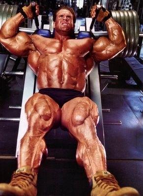 Jak trénuje nohy Jay Cutler?