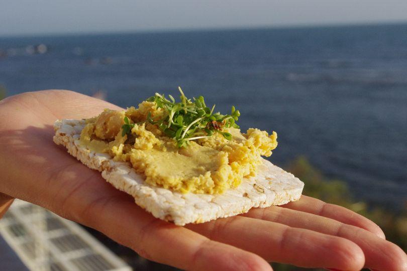 Sú ryžové chlebíčky a kaiserky zdravšie ako biele rožky?