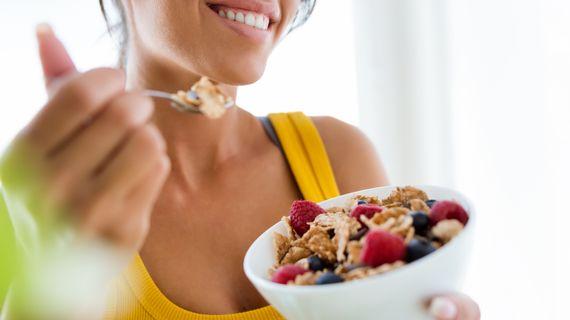 10 jednoduchých tipov, ako jesť viac vlákniny, byť zdravší a ľahšie chudnúť