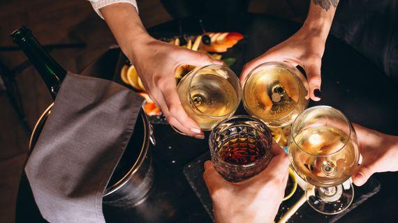 Alkohol a fitnes: Ako alkohol ovplyvňuje chudnutie, rast svalov a výkonnosť?