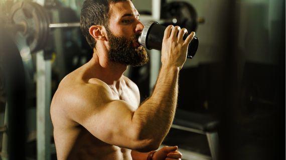 Esenciální aminokyseliny vs. protein - co je po tréninku lepší?