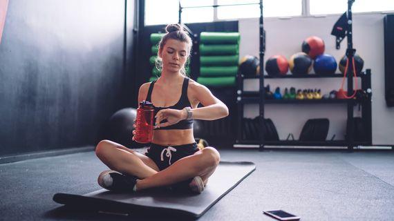Cvičiť ráno alebo večer? Objavte, čo je najlepšie na rýchle a efektívne chudnutie