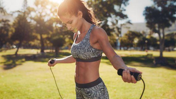 HIIT spolehlivě spaluje tuky a zlepšuje kondici. Jak na něj?