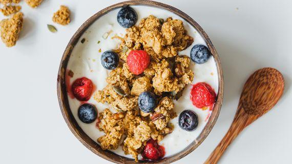 Prečo je granola skvelou súčasťou raňajok?