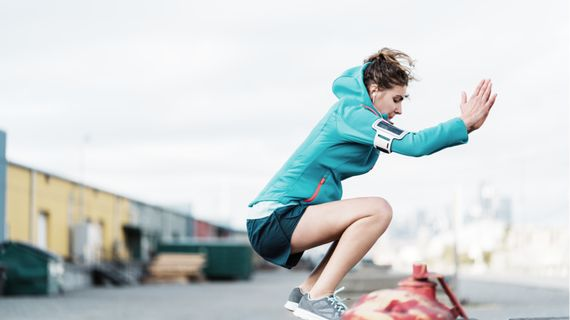 TOP 10 cvikov na vonkajší tréning s vlastnou váhou
