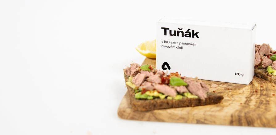 Šťavnaté  kúsky tuniaka  z Atlantického oceánu