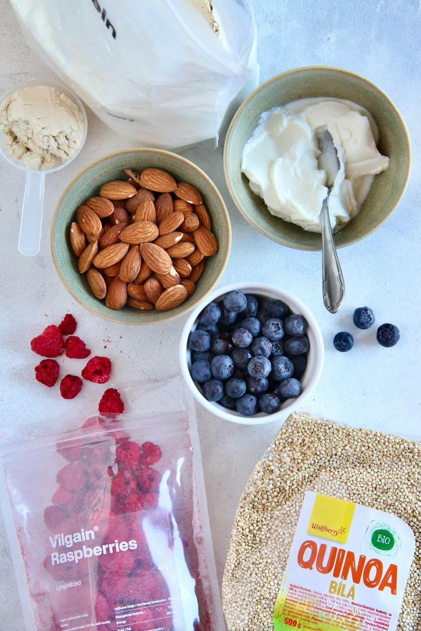 Božská raňajková kašaz quinoy