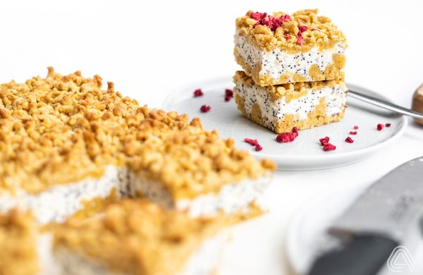 Strouhaný koláč s mákem, který v sobě ukrývá pořádnou nálož bílkovin