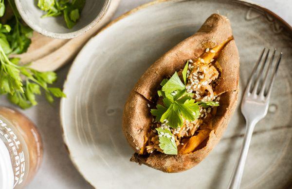 Rýchly a zdravý obed: Batáty plnené morčacím v ázijskej marináde